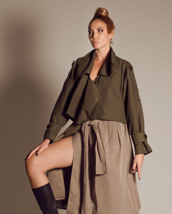daire trench coat
